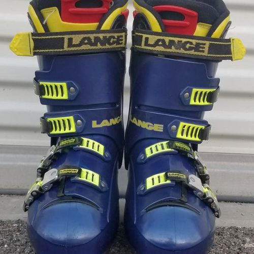 Lange X9 ski boots size 9.5 for sale in Magna , UT