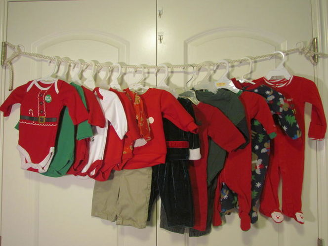13 Lot Infant Baby Boy Christmas Outfits Sleepers for sale in Tooele , UT