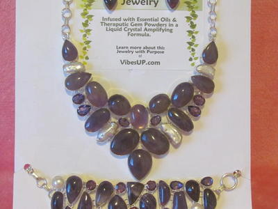 "Amethyst/Pearl ""Queen of the Kingdom"" Jewelry Set"