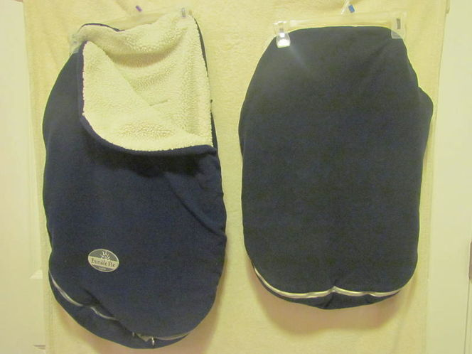 "Navy ""Bundle Me"" Baby jj Cole Carseat Cover for sale in Tooele , UT"