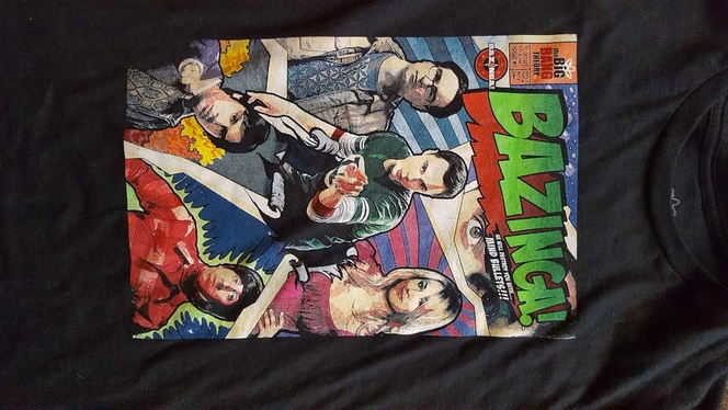 Men's Medium BIG BANG THEORY Comic Book Tee Shirt for sale in Bountiful , UT
