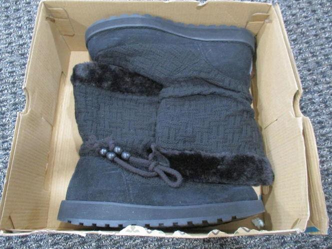 Skechers Keepsakes-Meadow winter boots, women, 6 for sale in Lehi , UT