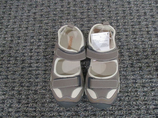 New Gymboree baby/toddler sandals, unisex, 11&12 for sale in Lehi , UT