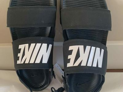 New in Box Nike Tanjun Women's Sandals, black, sizes 10 and 11