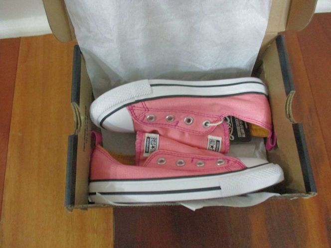 BNIB Converse CTAS Simple SLI Daybreak Pink Infant girl shoes, size 9, lace less for sale in Lehi , UT