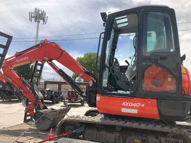 Kubota KX-040 mini excavator for rent. Nice trackhoe with thumb 9500 lbs for sale in Clearfield , UT