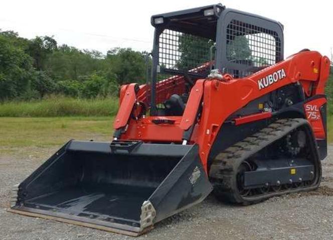 Kubota track skid steer loader for rent. Nice track bobcat with big power, joystick controls for sale in Lindon , UT