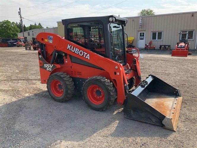 Kubota wheeled skid steer for rent - enclosed cab, well maintained for sale in Salt Lake City , UT