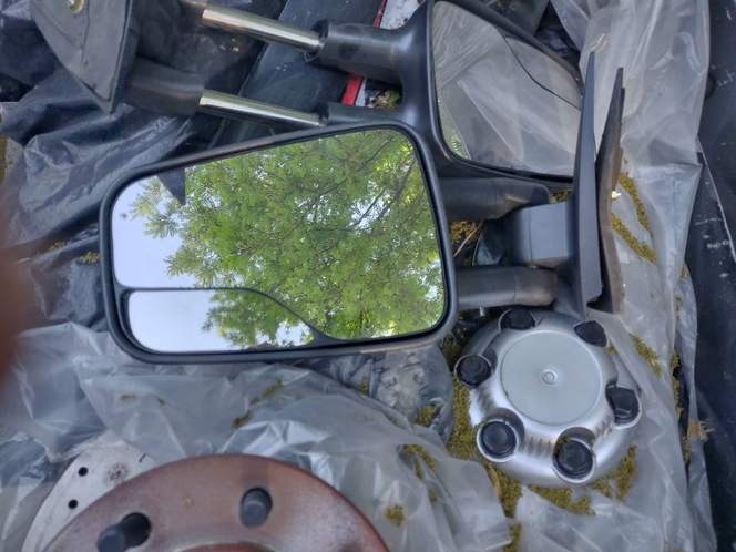 r/s rear view mirrors   Chevy gm  98-06  2 style of early Duramax mirrors  motorized telescopic for sale in Salt Lake City , UT
