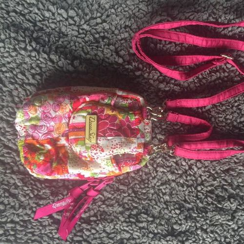 NEW Donna Sharp Crossbody Bag Purse Pink for sale in Sandy , UT