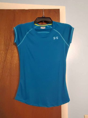 Under Armour Heat Gear Teal Work Out Shirt XS for sale in Sandy , UT
