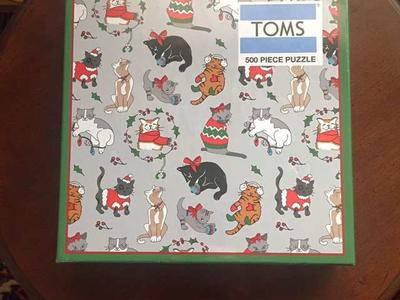 NEW! TOMS Perfect Holiday Cats Puzzle