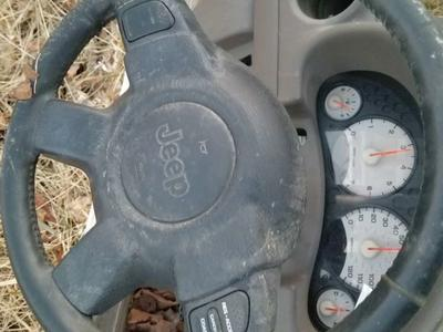 Drivers side airbag 2003 jeep liberty