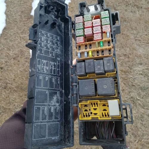 2003 jeep liberty fuse box for sale in Lehi , UT