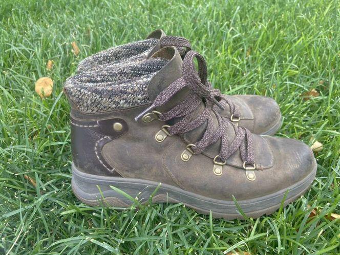Merrell Women's Sz 7 Brown Performance Boots for sale in Riverton , UT