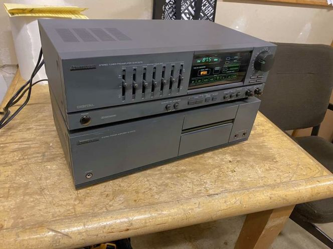 Mitsubishi Power Amp And Tuner Pre Amp  for sale in Springville , UT