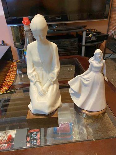 Hansen Classics PAIR Porcelain Figurines GREAT CON for sale in Springville , UT