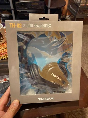 Tascam TH-02 Studio Headphones USED ONLY ONCE for sale in Springville , UT