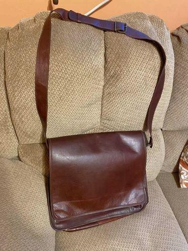 Vtg ATC leather messenger bag GOOD CONDITION for sale in Springville , UT