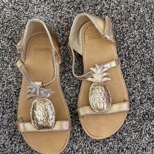 Little Girls Gymboree Gold Shoes Size 10 for sale in South Jordan , UT