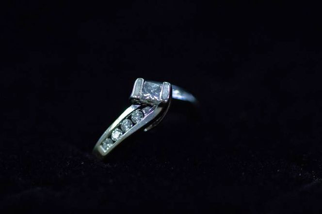 14k White Gold Diamond Engagement Ring Size 5 for sale in Clearfield , UT