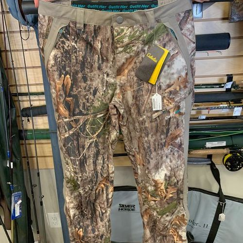 NEW Cabelas Med Womens Outfither DryPlus Rain Pant for sale in Clearfield , UT