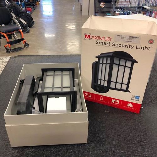 Maximus Smart Security Light  for sale in Clearfield , UT