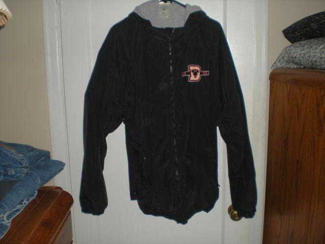 XL Disneyland Hoodie Jacket for sale in Spanish Fork , UT