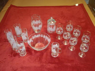 AVON glassware, 16 pc Holiday set, NEW in boxes.