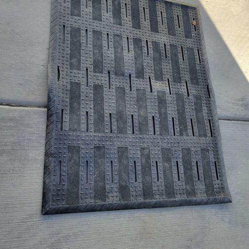 Brand new 3' x 4' Mighty Mat Max anti fatigue mat  for sale in Riverton , UT