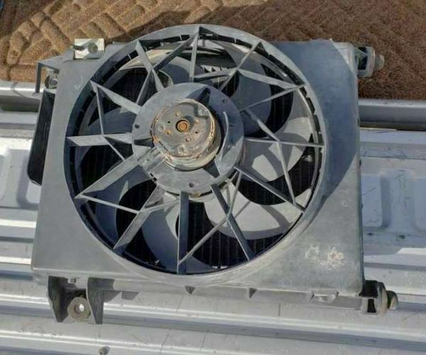 2003 Dodge Ram 1500 Radiator Fan & Condenser OEM  for sale in Cedar City , UT