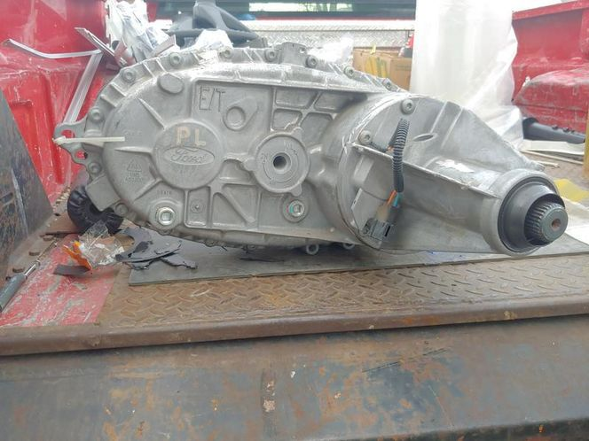 ford t o d  transfer case see pictures 4406 borgwa for sale in Salt Lake City , UT