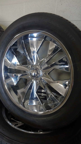 22 INCH WHEELS AND USED TIRES 305/45R22 5X139 BOLT PATTERN for sale in Midvale , UT