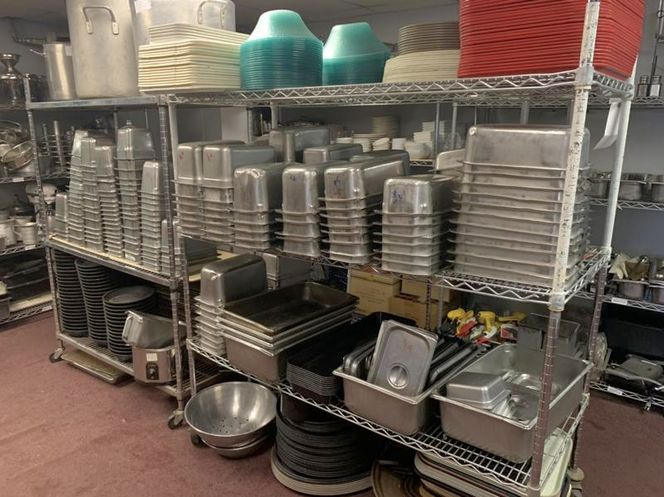 1000 Of  used SmallWares , trays for sale in Salt Lake City , UT