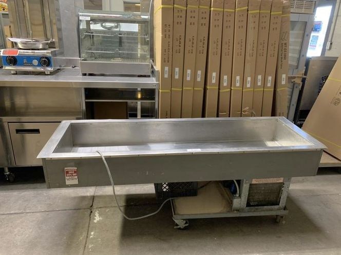 Used Salsa / Salad /Great Condition PRICE  REDUCED Was$1500 Now for $695 for sale in Salt Lake City , UT