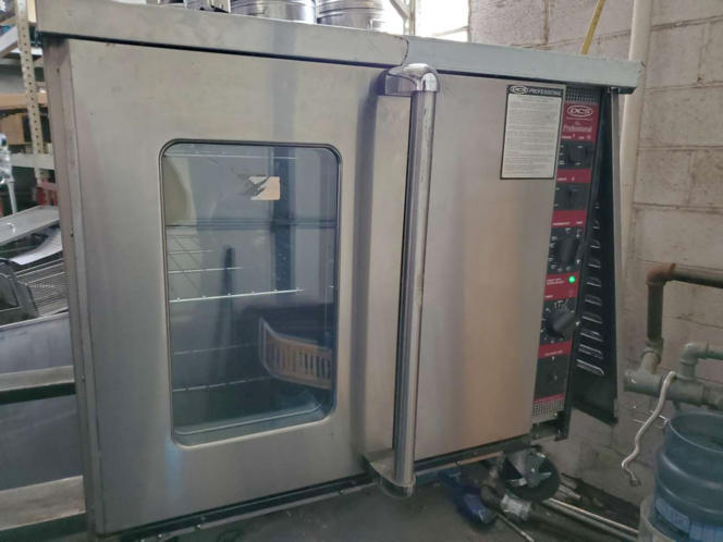 Used Gas DCS Convection Oven reduced , was $1875 for sale in Salt Lake City , UT