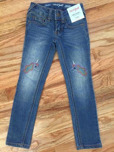 Cat & Jack Super Skinny Jeans - 5 Slim (Brand New) for sale in Ogden , UT