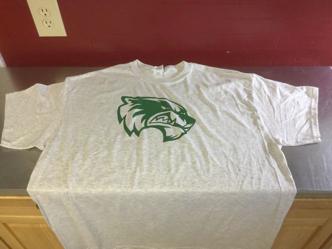 UVU Wolverines T-Shirt Mens XL for sale in Provo , UT