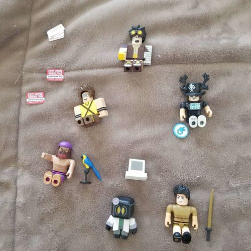 Opened Roblox Series 8 Virtual Codes Mystery Box for sale in Roy , UT