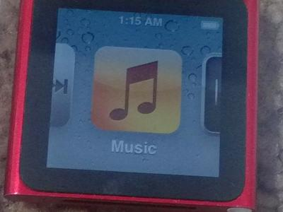 iPod Nano 6th Gen. 8GB Special Edition V. Good