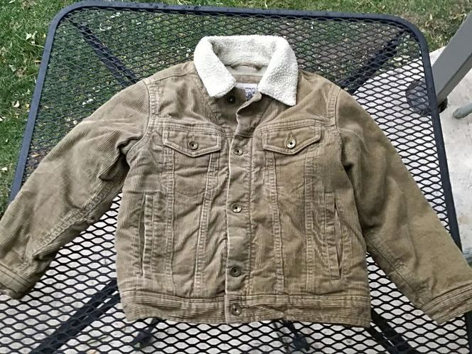 Old Navy Sherpa Lined Corduroy XS ( 5 ) Jacket for sale in Millcreek , UT