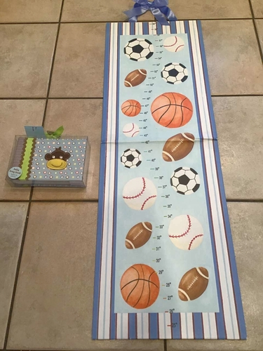 Growth chart and monkey brag book photo album for sale in Millcreek , UT