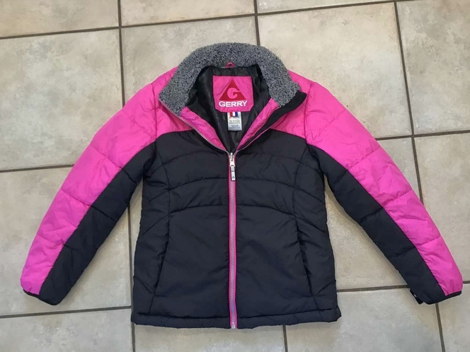 GERRY PINK/ JACKET SIZE 10/10 for sale in Millcreek , UT