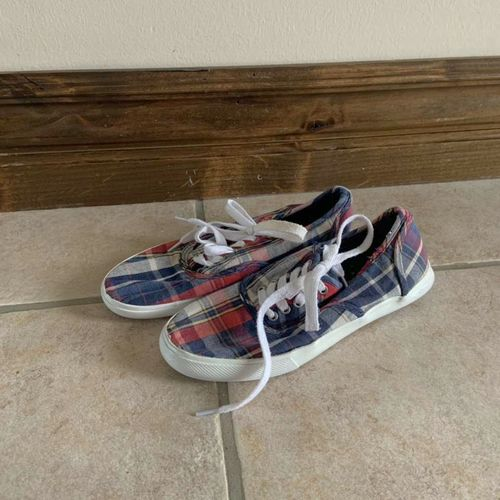 Mossimo Plaid Shoes Size 6 for sale in Herriman , UT