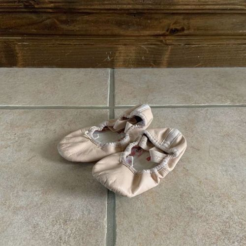 Capezio Ballet Pink Shoes Slippers Size 6N  for sale in Herriman , UT