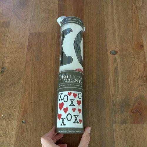 Valentines Wall Designer Accents XOXOXO Vinyl Wall for sale in Herriman , UT