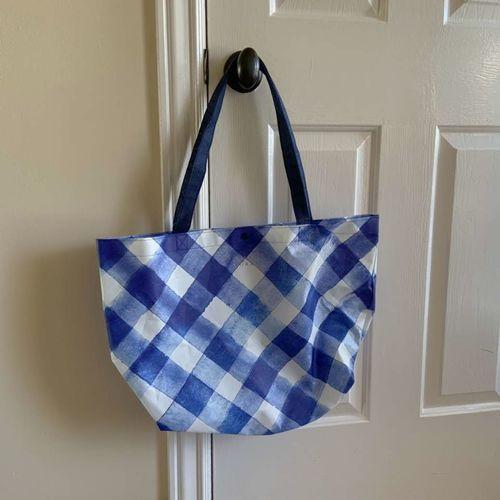 Bath and body works VIP tote bag in gingham print for sale in Herriman , UT