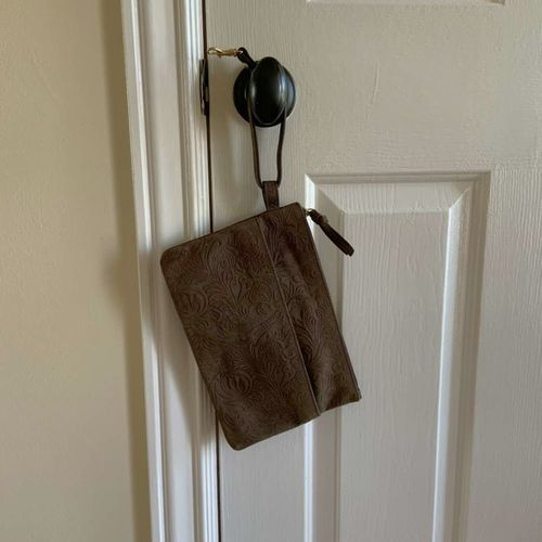 Maddison Leather Wristlet Purse with Mirror  for sale in Herriman , UT