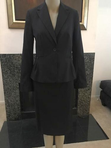 Banana Republic Dark Grey Pinstripe Suit Size 2 for sale in Provo , UT