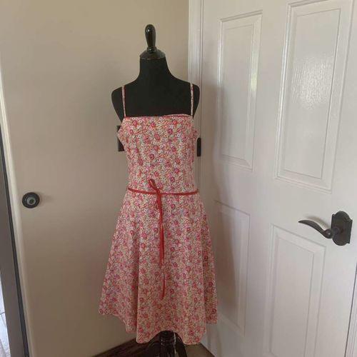Jodi Kristopher Floral Pink Tea Length Dress 11/12 for sale in Herriman , UT